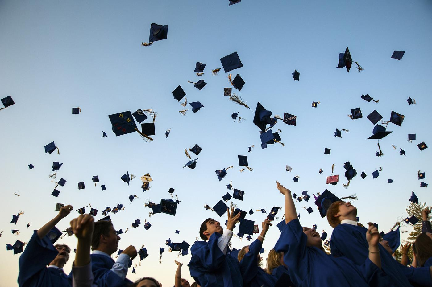 636053241284023565-1698910486_635993185839763884-1853824258_high_school_graduation.jpg